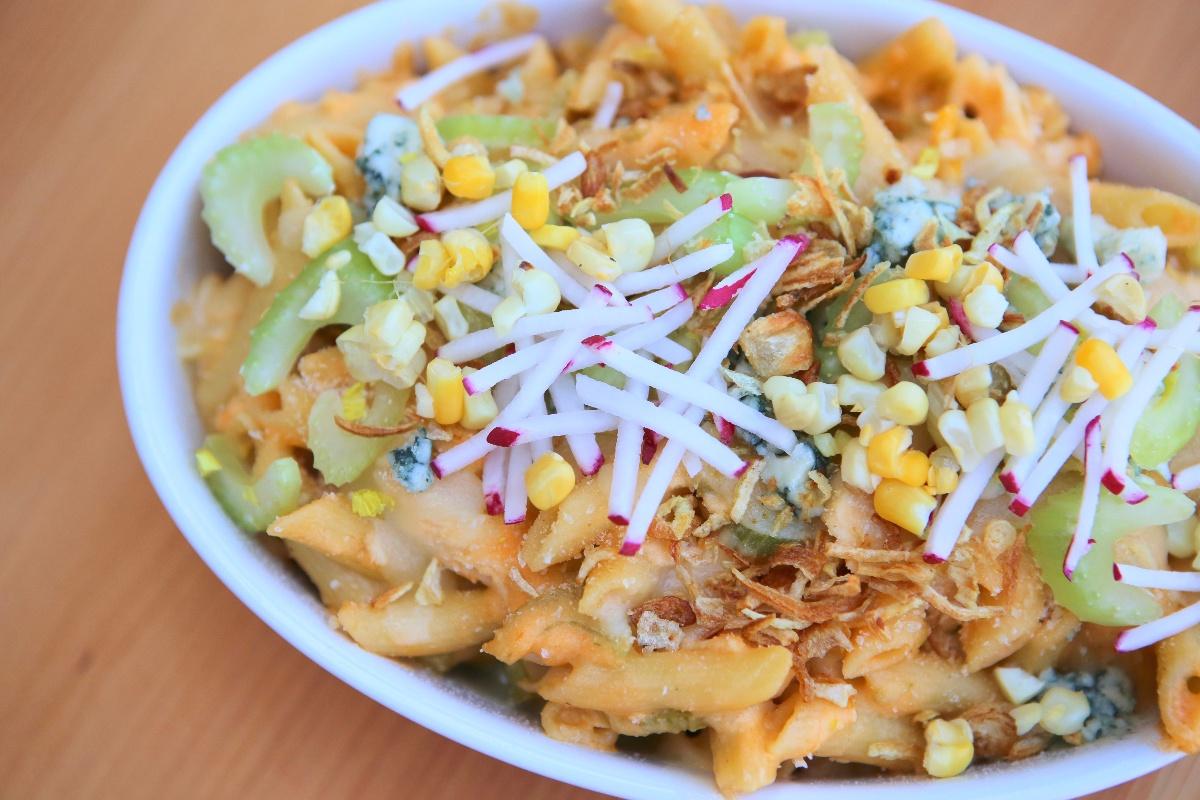 Dandy® Super Sweet Corn & Buffalo Chicken Mac and Cheese